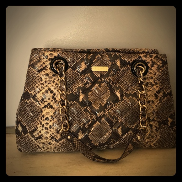 0217 Kate Spade Quilted Snake Pattern Totepreowned/Used by Kate Spade